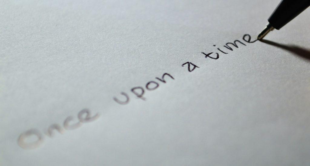 hubspot-marketing-copywriter-1024x549